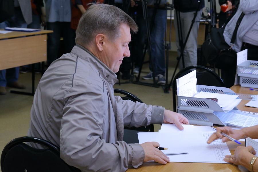 Памятник Славы уверенно лидирует вновосибирском голосовании заобъекты благоустройства