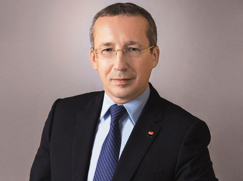 председатель правления «Росбанка» Дмитрий Олюнин.