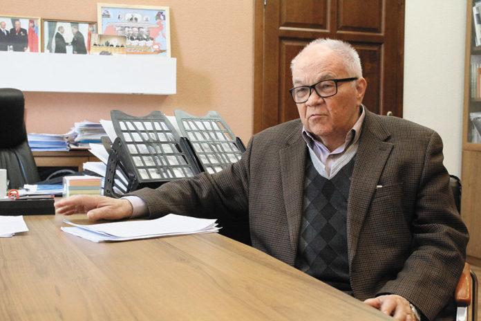 Миниатюра для: «Мы должны с помощью Путина ограничить законные функции ФАНО управлением хозяйственным и имущественным комплексом РАН»