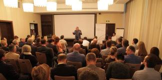 Крупный бизнес в Сибири обсуждает, как использовать кризисы в свою пользу