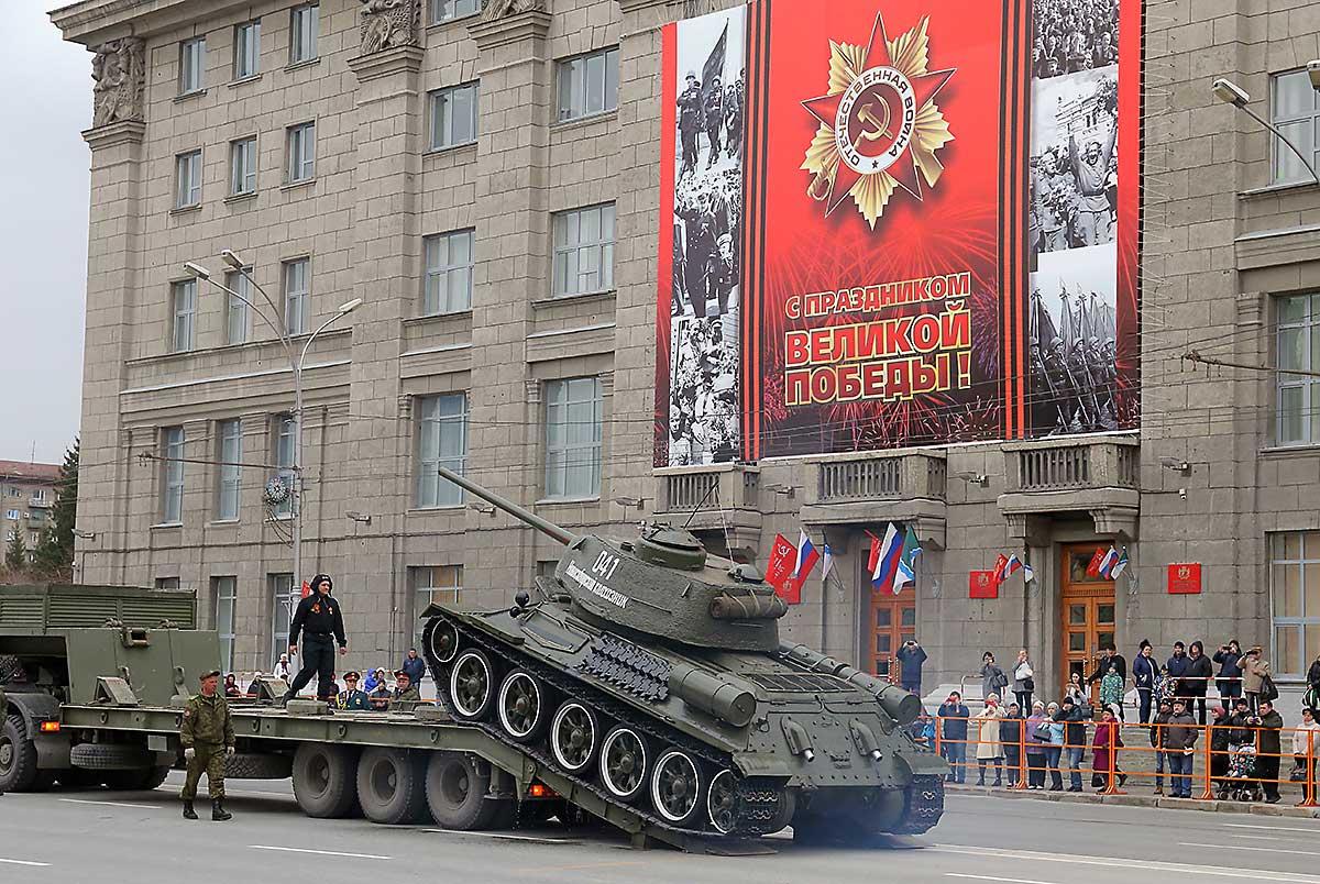 Спецназ наквадроциклах впервый раз поучаствует впараде Победы вНовосибирске