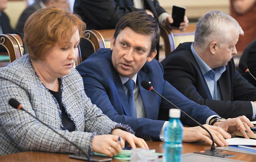 Удержится ли в своем кресле начальник ГЖИ НСО Евгений Пономарев? - Фотография