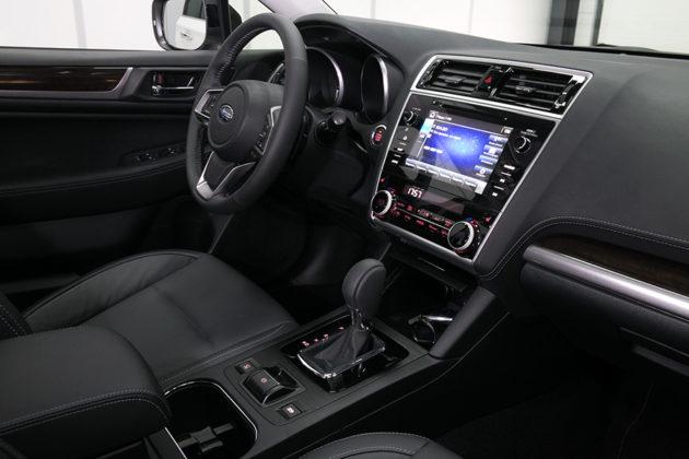 Subaru Legacy и Outback: новые «горячие» новинки в дилерском центре «ФАСТАР» - Фото