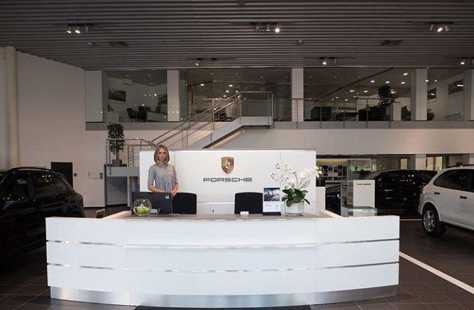 Миниатюра для: Балтийский банк развития получил дилерство Porsche в одном из городов Сибири