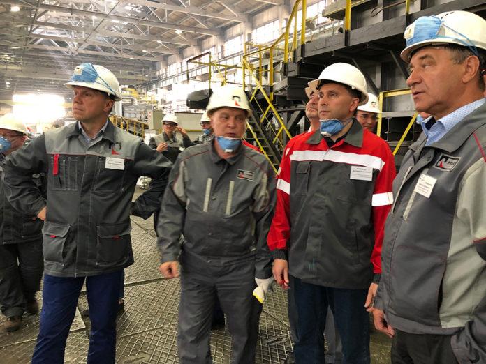 Миниатюра для: В Новокузнецке обсудили вопрос снижения экологического вреда от разработки угольных разрезов