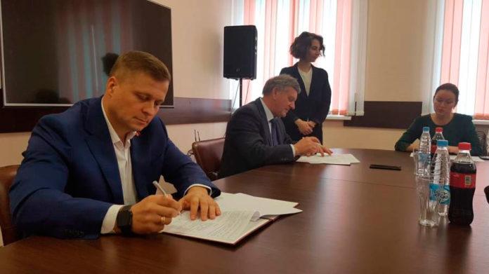 Миниатюра для: Coca-Cola и НГТУ подписали соглашение о сотрудничестве