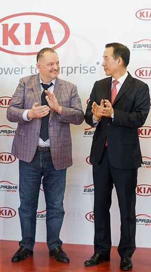 Приведет ли назначение в Новосибирске третьего официального дилера KIA к уходу с рынка действующих партнеров? - Фото