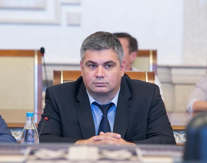 Министр труда НСО рассказал о том, как власти борются с наличием в регионе задолженности по заработной плате