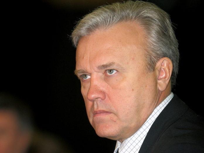 Миниатюра для: Три чиновника не вошли в новый кабинет министров Красноярского края