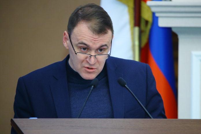 Миниатюра для: Иван Шмидт рассказал депутатам ЗС НСО о том, чем правительство поможет строителям