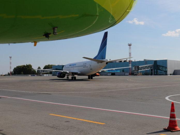 Миниатюра для: Количество трансферных пассажиров аэропорта Толмачево выросло на 34%