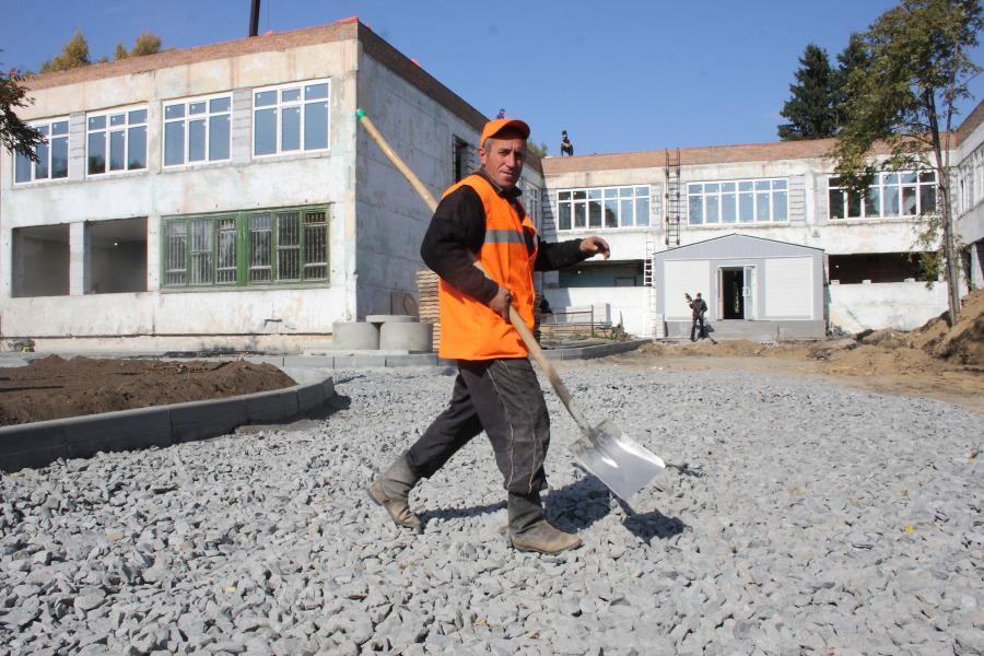 2 млрд. рублей дополнительно выделят Алтаю на строительство детских садов