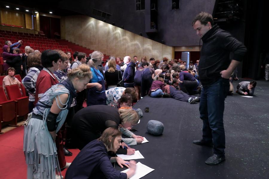 """Крикливый и Кубанов прокомментировали ситуацию вокруг новосибирского театра """"Глобус"""" - Фотография"""
