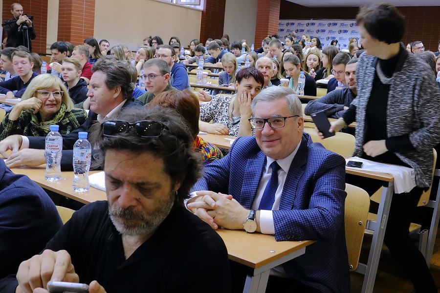 Институт политики и технологий в Новосибирске против кризиса политсистемы
