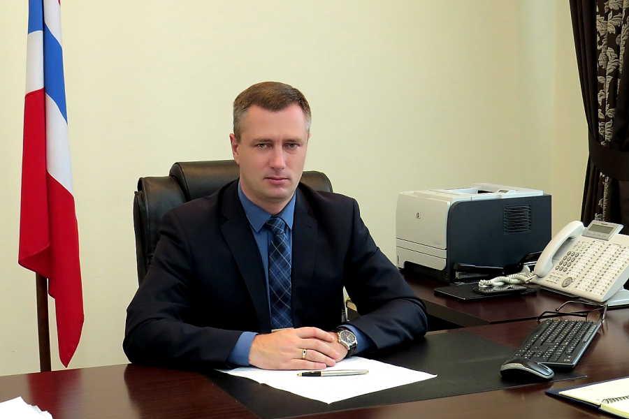 Александр Бурков принял отставку председателя РЭК Омской области