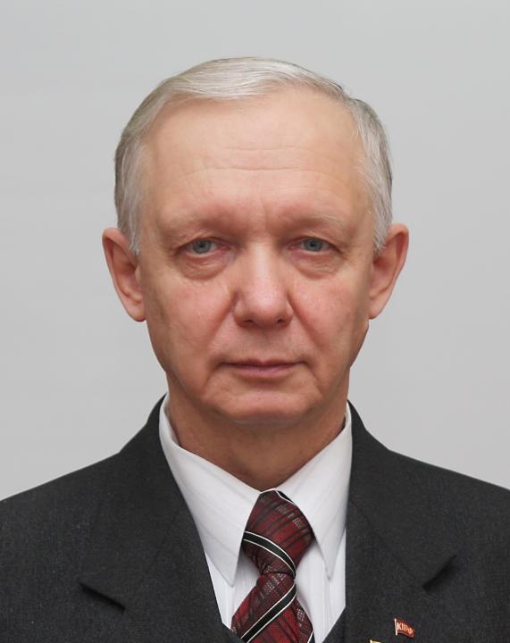 Сенатором от исполнительной власти Хакасии назначен Валерий Усатюк