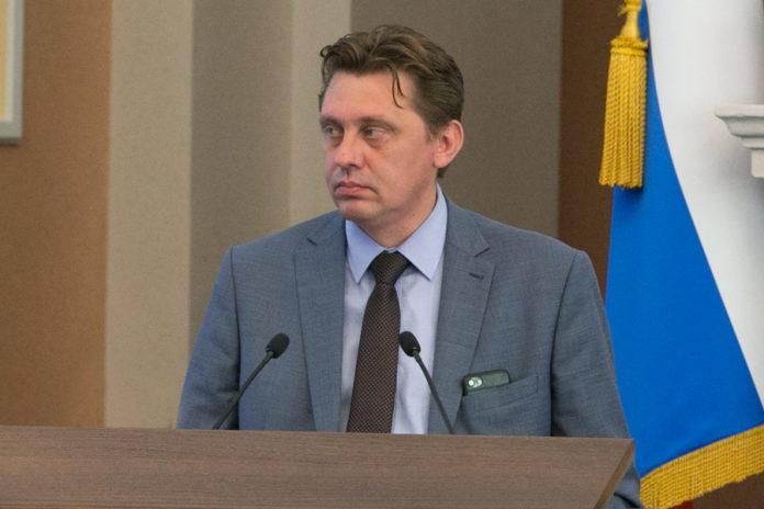 Мэрия Новосибирска выделит 110 миллионов рублей на борьбу с гололёдом