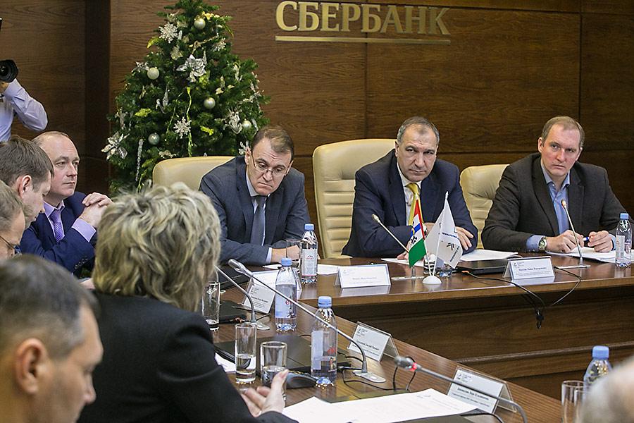 Члены новосибирского «Регионального делового клуба строителей»