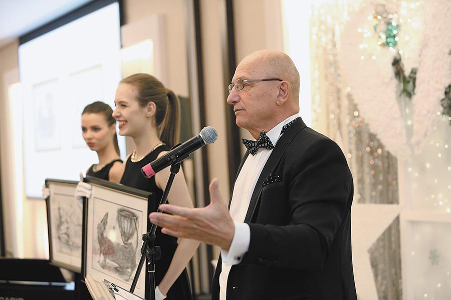 На ХI Рождественском аукционе «Живи» в Новосибирске  было собрано 8,3 млн рублей - Фотография