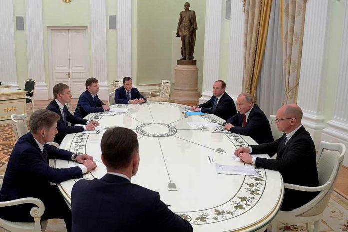 Владимир Путин встретился в Кремле с главой Хакасии