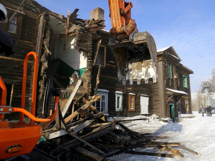 Условный срок получил бывший чиновник мэрии Новосибирска за мошенничество с жильем