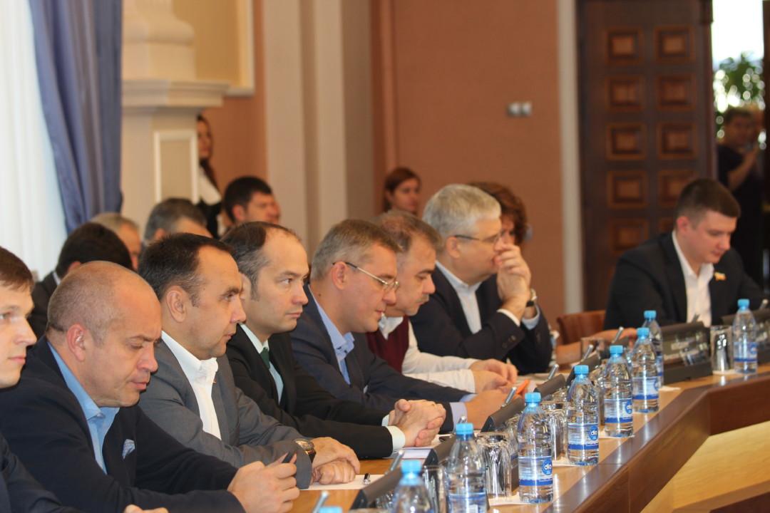 10 депутатов Новосибирска составили декларации о доходах с нарушениями