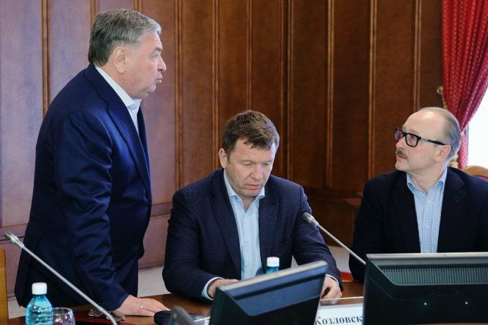 Миниатюра для: Депутаты ЗС НСО предложили рассмотреть возможность списания коммунальных долгов у населения, как в Чечне