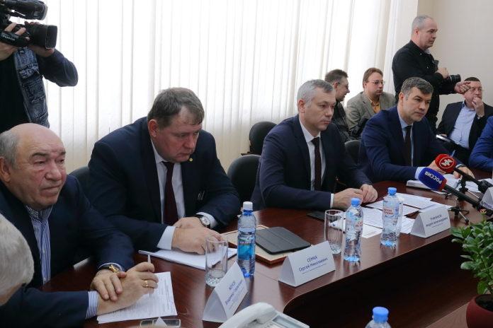 Андрей Травников встретился с руководителями промышленных предприятий на новосибирском «Сиблитмаше»