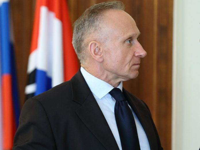Миниатюра для: Конкурсная комиссия рекомендовала Николая Мамулата на должность бизнес-омбудсмена Новосибирской области