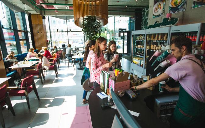 «Мы продолжаем формировать культуру потребления кофе в Новосибирске, а скоро будем формировать ее и в других городах» - Фото