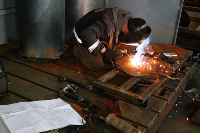 Миниатюра для: Индекс промышленного производства в Новосибирской области вырос на 5,6% по итогам 2018 года
