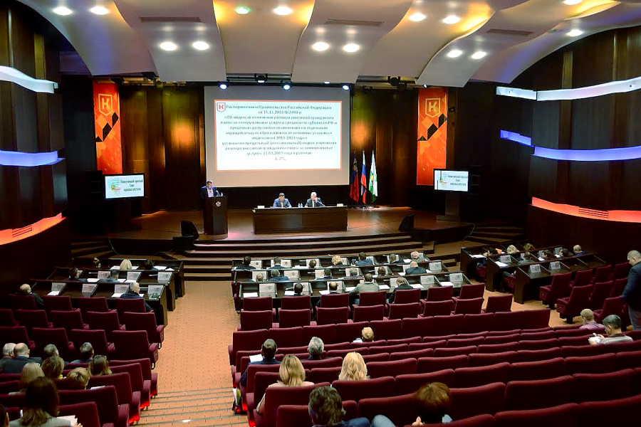 Новокузнецкие депутаты не одобрили отмену выборов главы города
