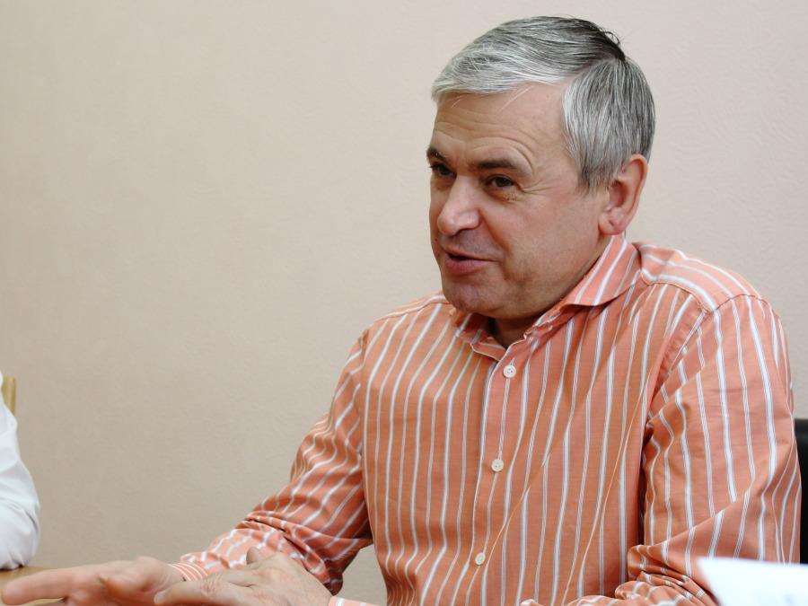 Александр Дугельный