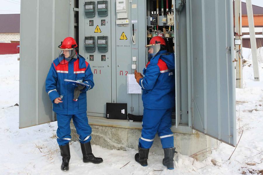 Причиной отключений электроснабжения является незаконное потребление