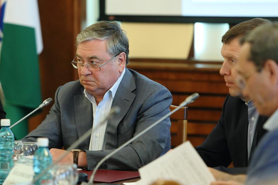 Комитет Заксобрания НСО поддержал отмену НДС на вывоз мусора