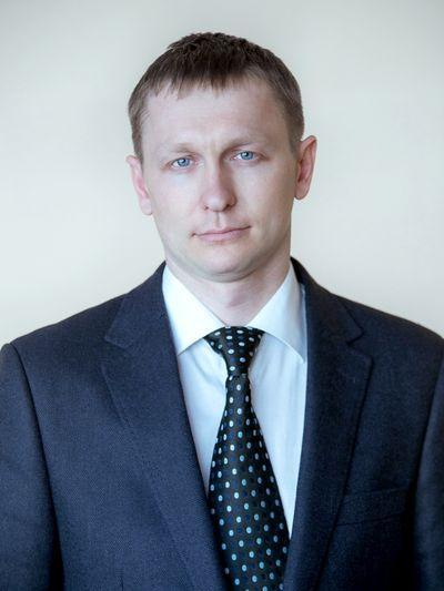 Мэр Новокузнецка за подделку своей подписи отстранил от должности зама