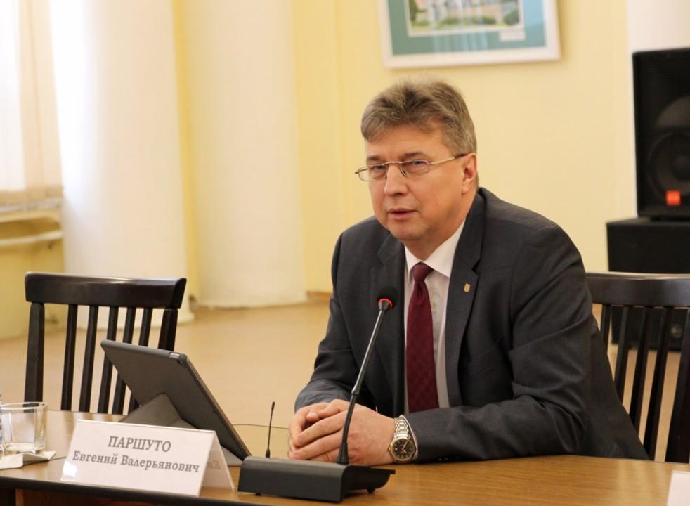 В рамках нацпроекта в Томской области построят 3,7 млн кв метров жилья