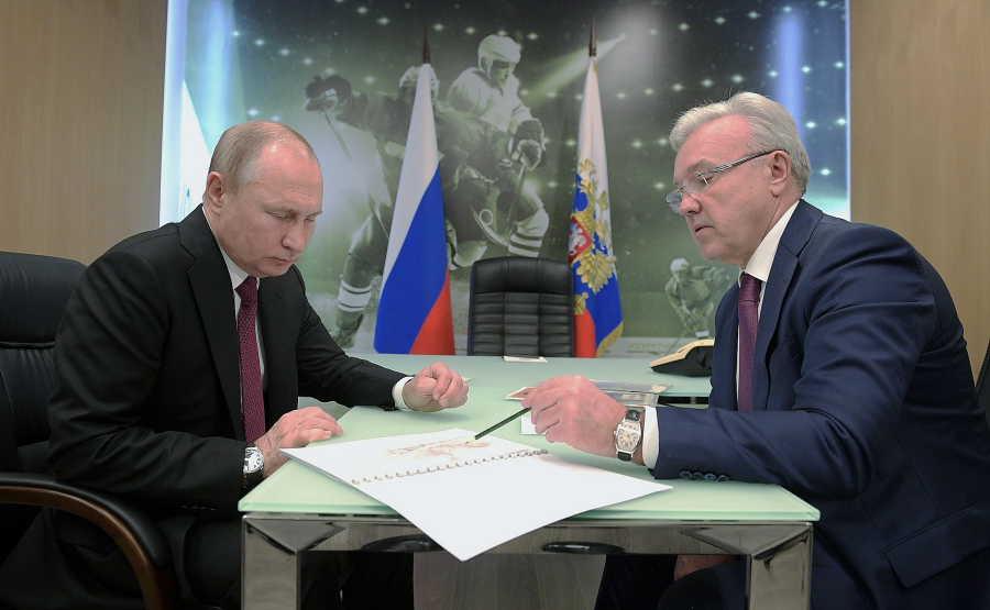 Владимир Путин обсудил с губернатором Красноярского края строительство метро