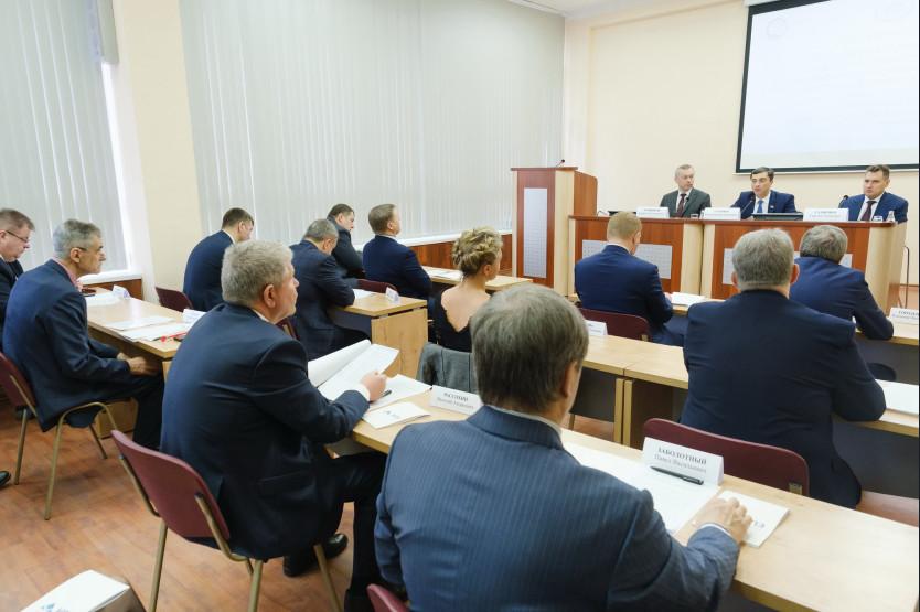 Андрей Травников обсудил с делегацией госдумы РФ развитие радиоэлектроники