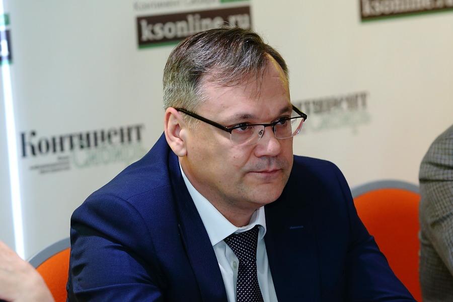Начальник департамента по инвестиционной политике и территориальному развитию аппарата полпреда президента в Сибирском федеральном округе Иван Гончаров
