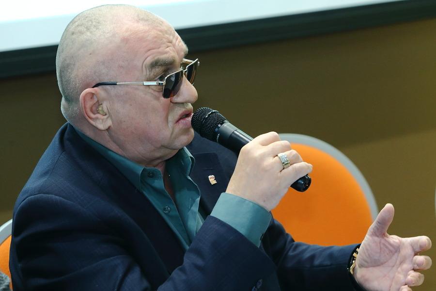 Депутат Законодательного собрания Новосибирской области, директор новосибирского заводаЖБИ-4Николай Мочалин