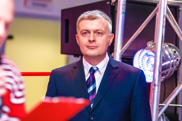 Миниатюра для: Официальный дилер Porsche, KIA, Skoda в Новосибирске добавил в портфель Geely