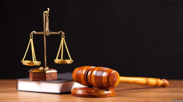 Один из районных судов Томской области полным составом ушел в отставку