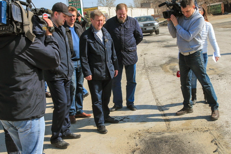 Анатолий Локоть: «Проблемные участки дорог в Новосибирске отремонтируют к майским праздникам»