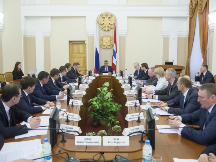 Сергей Меняйло обсудил с руководством Омской области социально-экономическое развитие региона