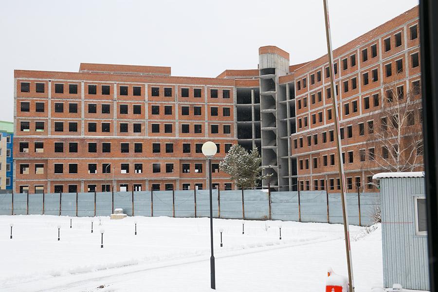 Минстрой Новосибирской области ищет подрядчика для завершения строительства перинатального центра