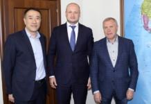 Россельхозбанк будет сопровождать внешнеторговые сделки по поставке зерна из Сибири в Китай
