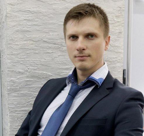 Директор по маркетингу красноярской продуктовой сети «Красный Яр» и дискаунтеров «Батон» Виктор Бахов