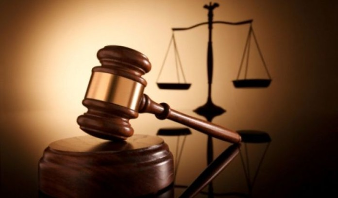 Сотрудника УФАС по Кемеровской области приговорили к условному сроку за взятку