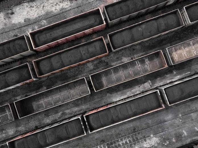 Западно-Сибирская железная дорога подписала соглашения о сотрудничестве с двумя кемеровскими угольными предприятиями